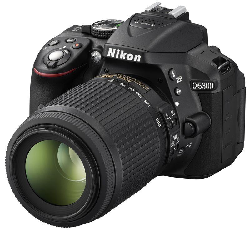 Nikon D5300 Kit 18 140 VR