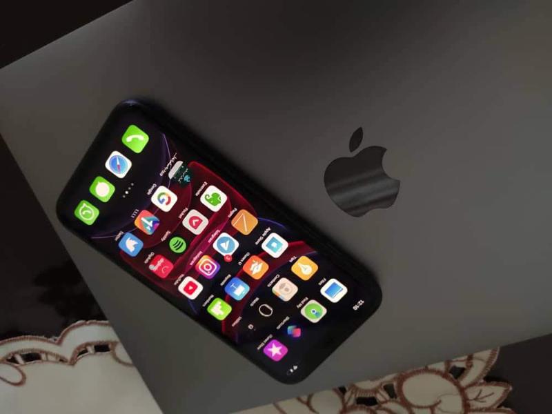 Apple  یفون 11 64گیگ