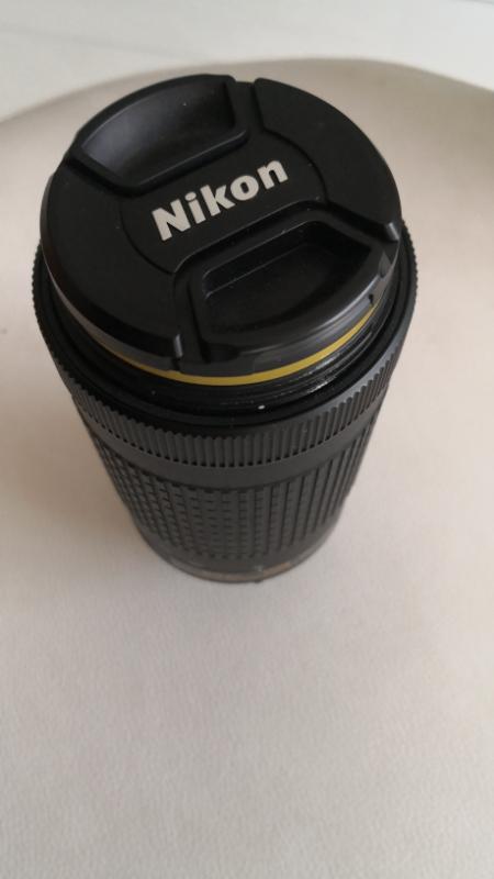 لنز دوربین نیکون