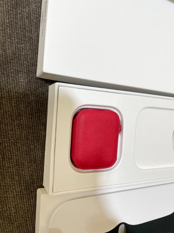 Apple اپل واچ سری 6 قرمز با بند مشکی