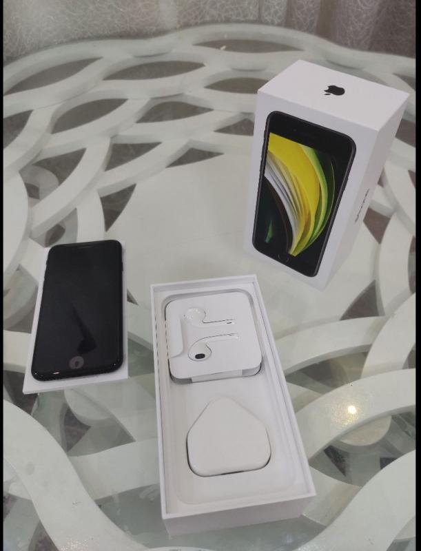 Apple iphone se2020 64 gb